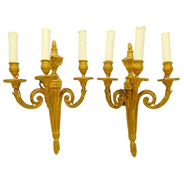 Pair of Louis XVI style ormolu wall lights, 3 lights, Chateau de Pontchartrain