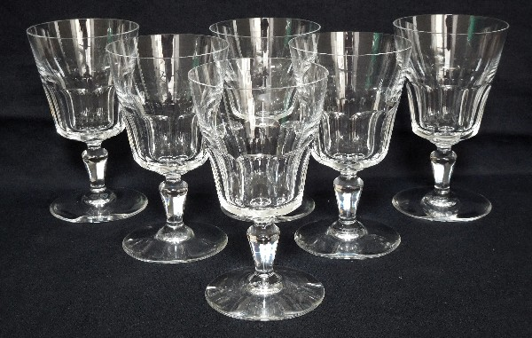Baccarat crystal wine glass, Missouri pattern - signed - 12,9cm