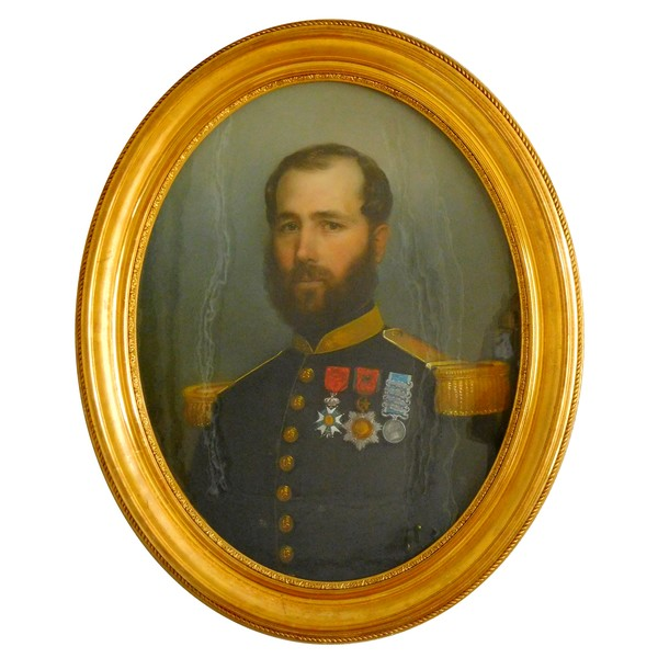 Portrait pastel d'un officier du 18e Régiment d'Infanterie - époque Second Empire